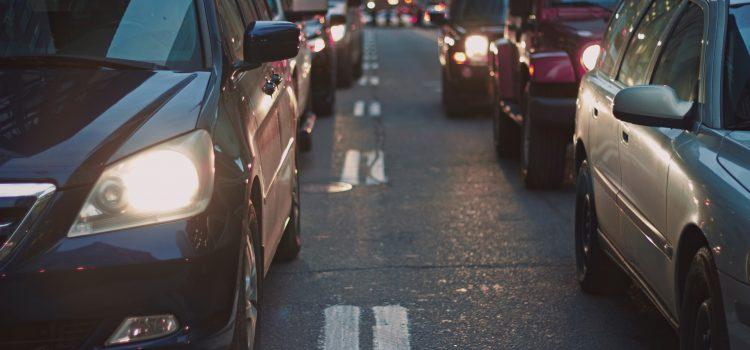 Românii au fost mințiți. PSD – ALDE majorează prețurile la benzină și motorină