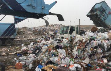 Dezbatere inițiată de USR în Parlament: Comisia pentru Mediu va începe o anchetă parlamentară privind situația deșeurilor în România