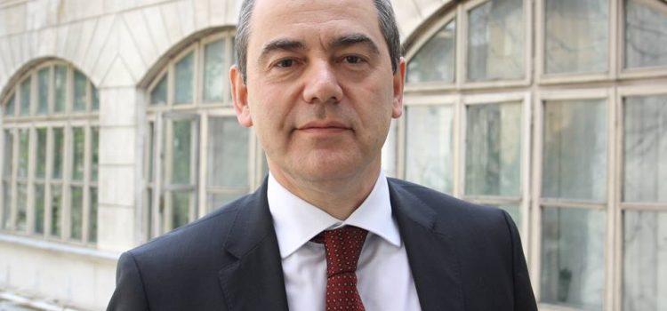 Senatorii USR protestează față de scamatoriile procedurale ale lui Liviu Pop