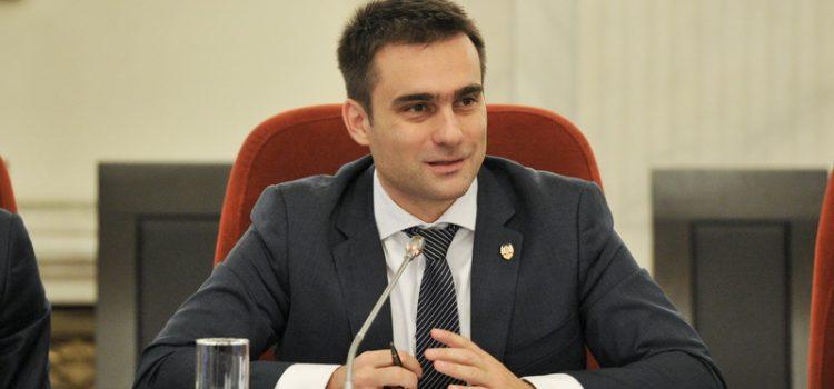 USR solicită autorităților să ia măsuri cu privire la incendiul de la groapa Măldărești care durează de patru luni