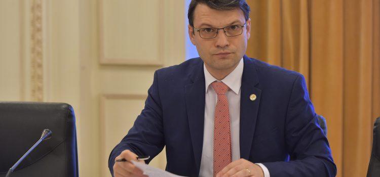 Ministrul Toader a vrut sa publice JOI pdf-uri făcute VINERI