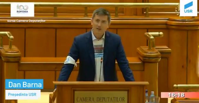USR a votat pentru moțiunea Guvernului Marionetă: Liviu Dragnea, cel mai mare rău care i se poate întâmpla României