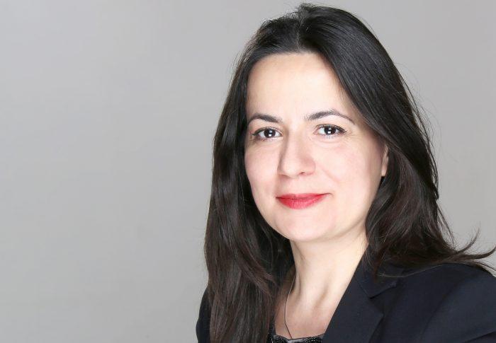 Ramona Dinu cere Ministerului Economiei să elaboreze un OUG care să permită restituirea dobânzilor percepute abuziv de bănci
