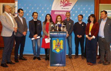 Semnăturile inițiativei civice #OameniNoi au fost depuse la Parlament