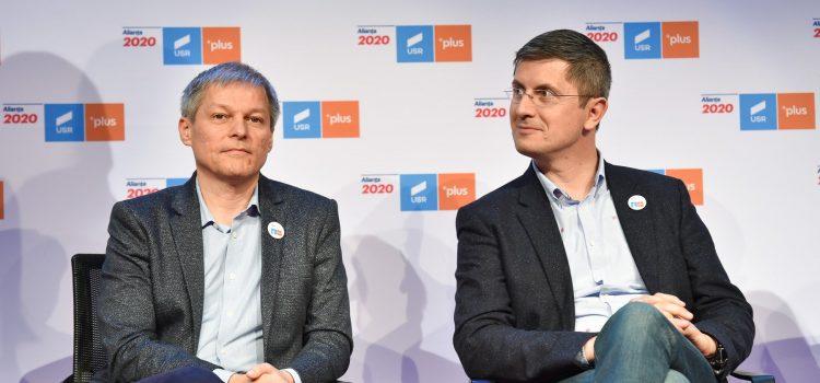 Alianța USR PLUS îl susține pe Klaus Iohannis în turul 2 la alegerile prezidențiale