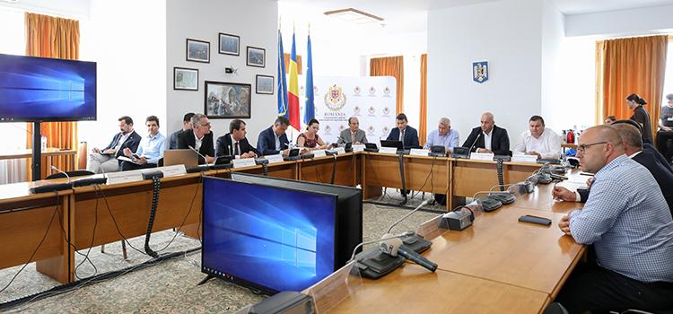 Poliția Română se ferește să spună adevărul în cazul tragediei de la Caracal. USR cere demisia ministrului Nicolae Moga