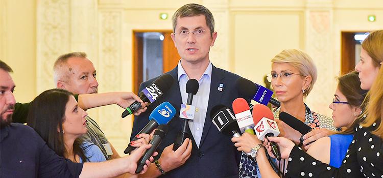 USR și PNL, co-inițiatori ai proiectului de revizuire a Constituției în spiritul referendumului din 26 mai