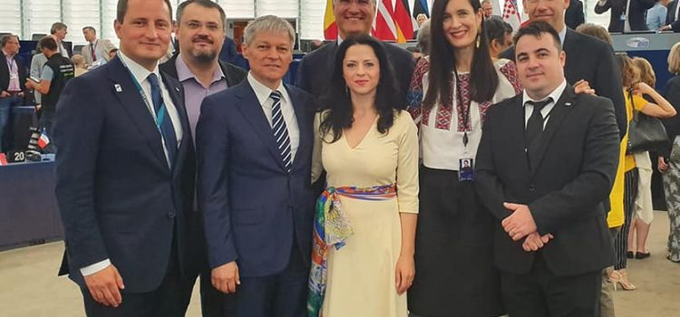 Eurodeputații Alianței 2020 USR PLUS își încep activitatea în Parlamentul European