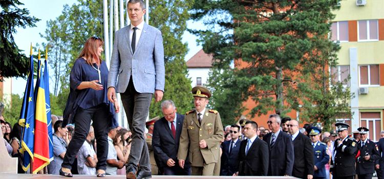 Dan Barna va participa la ceremonia organizată de Ziua Armatei Române la Satu Mare