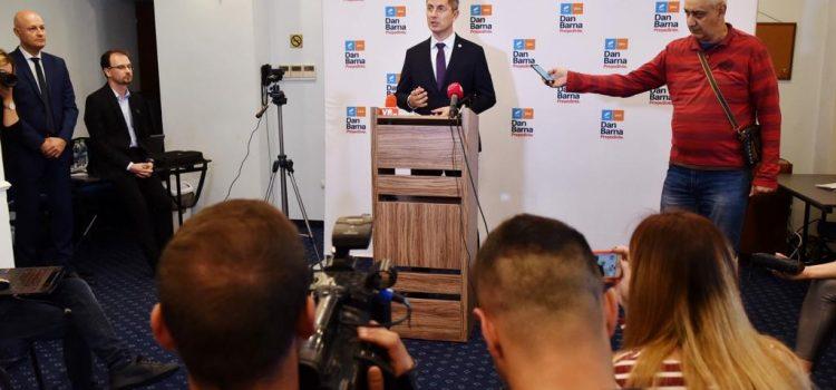 Dan Barna, la Ploiești: Îi invit pe președintele Klaus Iohannis și Viorica Dăncilă la o dezbatere despre ce fel de Românie ne dorim