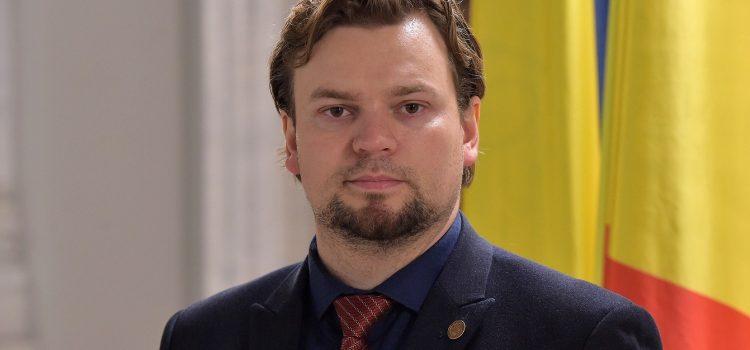 Daniel Popescu (USR): Am cerut CNAS să accepte solicitarea online a cardului european de sănătate