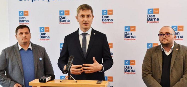 Dan Barna, la Alba Iulia: Un tur doi cu Dan Barna și Klaus Iohannis este garanția că România se schimbă și că începem să ne însănătoșim ca stat
