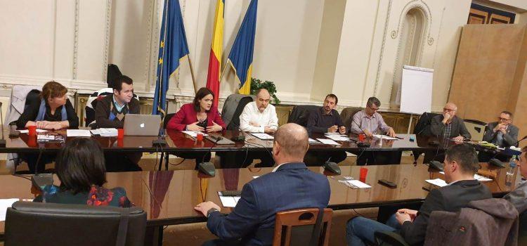 Masă rotundă organizată de USR cu reprezentanți ai comunității științifice din România