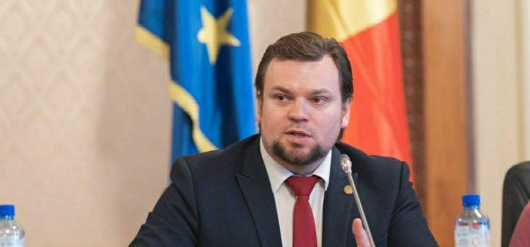 Daniel Popescu: Solicit Guvernului o politică fermă pentru sprijinul românilor din nordul Bucovinei