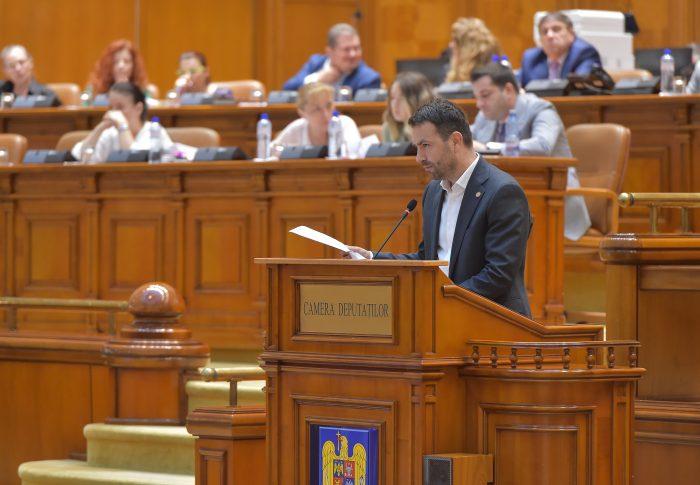 """PSD dă liber la """"paradisuri fiscale"""" pe insule și grinduri"""