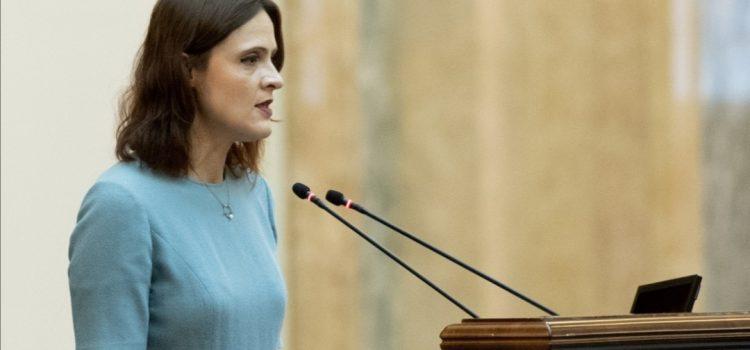 Silvia Dinică: Avem nevoie de miniștri precum Claudiu Năsui care să scoată la suprafață corupția și mizeria