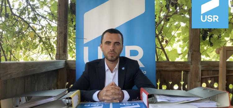 Un primar PSD din județul Bacău l-a agresat fizic pe unul dintre candidații USR la Consiliul Local