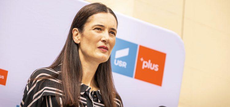 Stop folosirii instituțiilor publice în serviciul PSD!