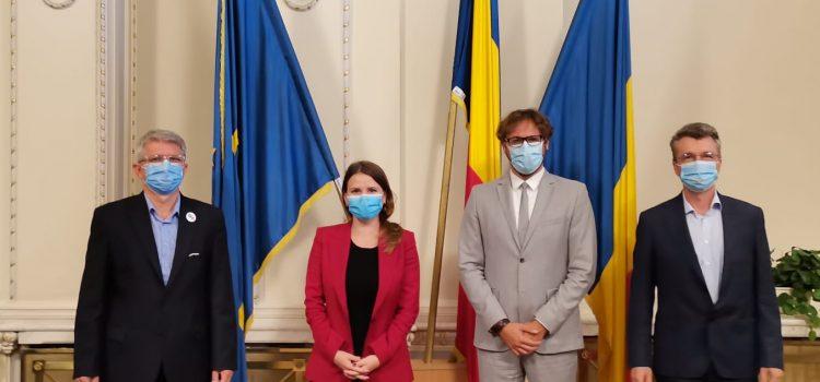 """Radu Mihail: """"În acest moment, în România, «alegeri libere și corecte»  înseamnă asigurarea condițiilor pentru a permite fiecărui român care vrea să voteze să o facă în siguranță!"""""""