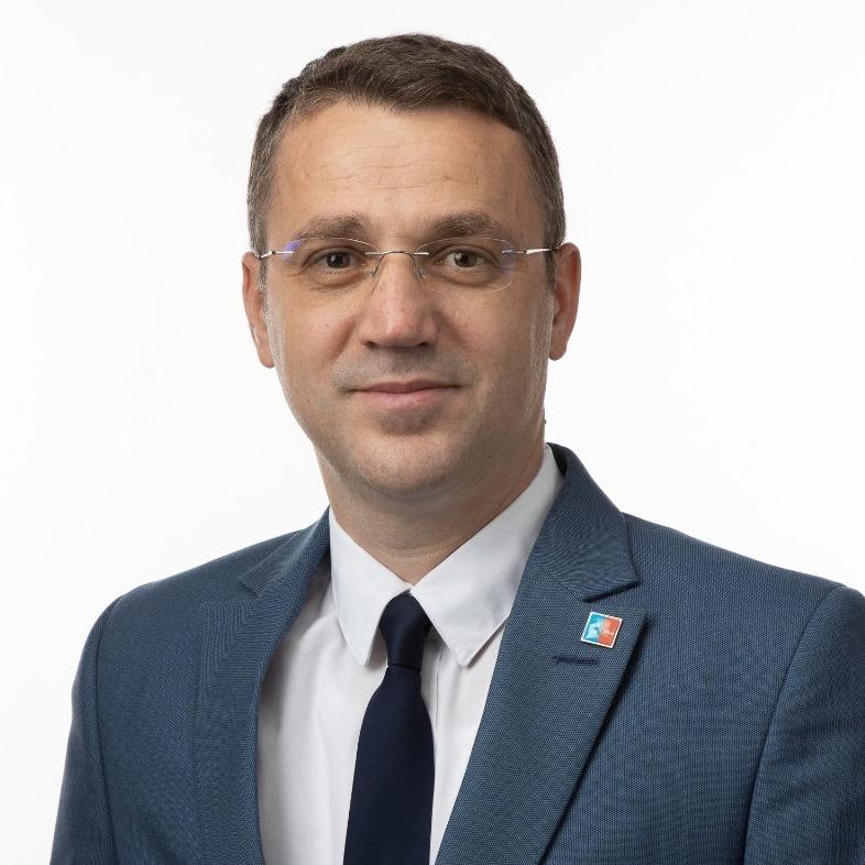 Alin-Gabriel Apostol