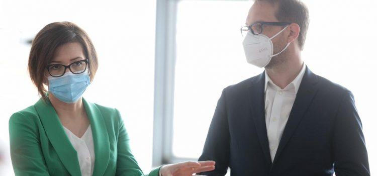 """Ministrul Sănătății a verificat noul corp de clădire care se construiește la Spitalul de copii """"Louis Țurcanu"""" Timișoara"""