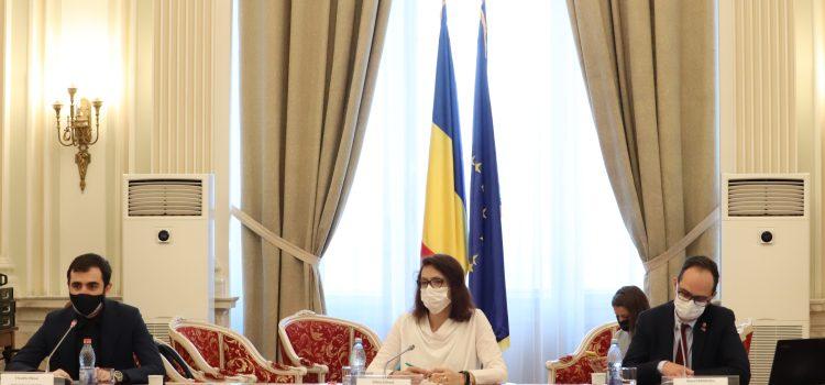 """Dezbatere USR PLUS: """"Piața de capital din România – Prezent și viitor"""""""